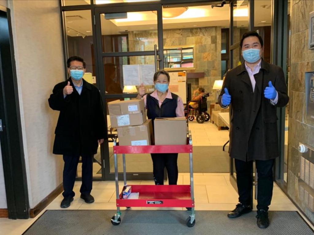 王裕佳医生、陈张玉玲、国会议员陈圣源